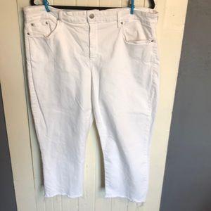 NYDJ White Denim Rough Hem Capris Size 18W